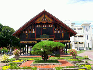 Provinsi Nanggro Aceh Darussalam Rumah Adat Krong Bade