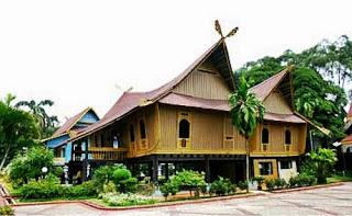 Provinsi Riau Rumah Adat Selaso Jatuh Kembar
