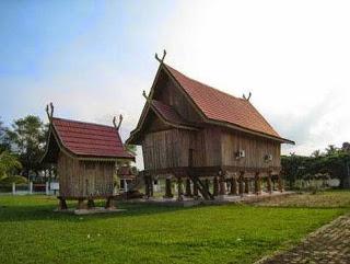 Provinsi Jambi Rumah Adat Panjang