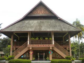 Provinsi Sulawesi Utara Rumah Tradisional Pewaris