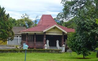 Provinsi Bengkulu Rumah Bubungan Lima