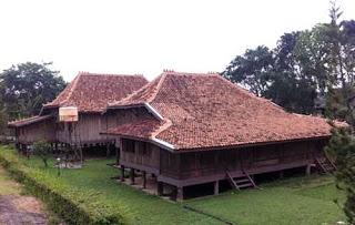 Provinsi Sumatera Selatan Rumah Adat Limas