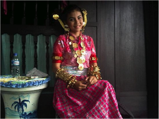 Pakaian Tradisional Sulawesi Selatan