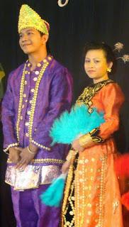 Pakaian Tradisional Gorontalo