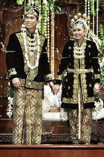 Pakaian Adat Provinsi Jawa Tengah