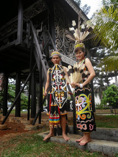 Pakaian Tradisional Kalimantan Timur