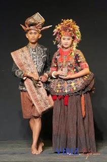Pakaian Tradisional Sulawesi Tengah