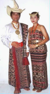 Pakaian Tradisional Nusa Tenggara Timur