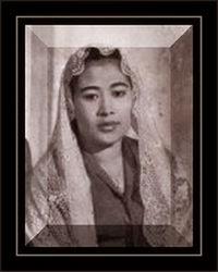 Pahlawan Nasional Hj. Fatmawati Soekarno