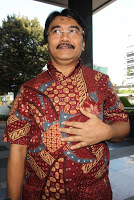Profil Biografi adhyaksa dault