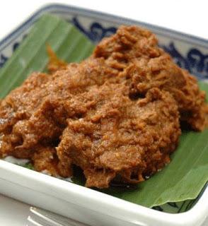 Makanan Khas Daerah Sumatera Barat rendang