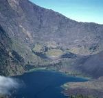 15 Gunung tertinggi di Indonesia gambar dan keterangan